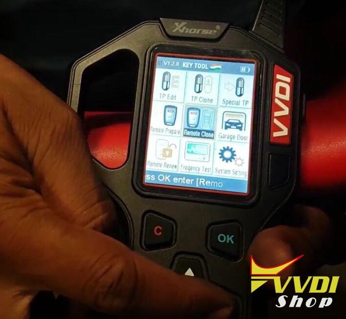 vvdi-key-tool-copy-mahindra-scorpio-remote-key-review-1