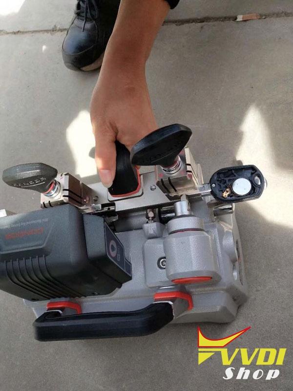 xhorse-condor-xc-009-key-cutter-11