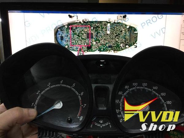 vvdi-prog-Fiesta-2015-Chip-dst80-2