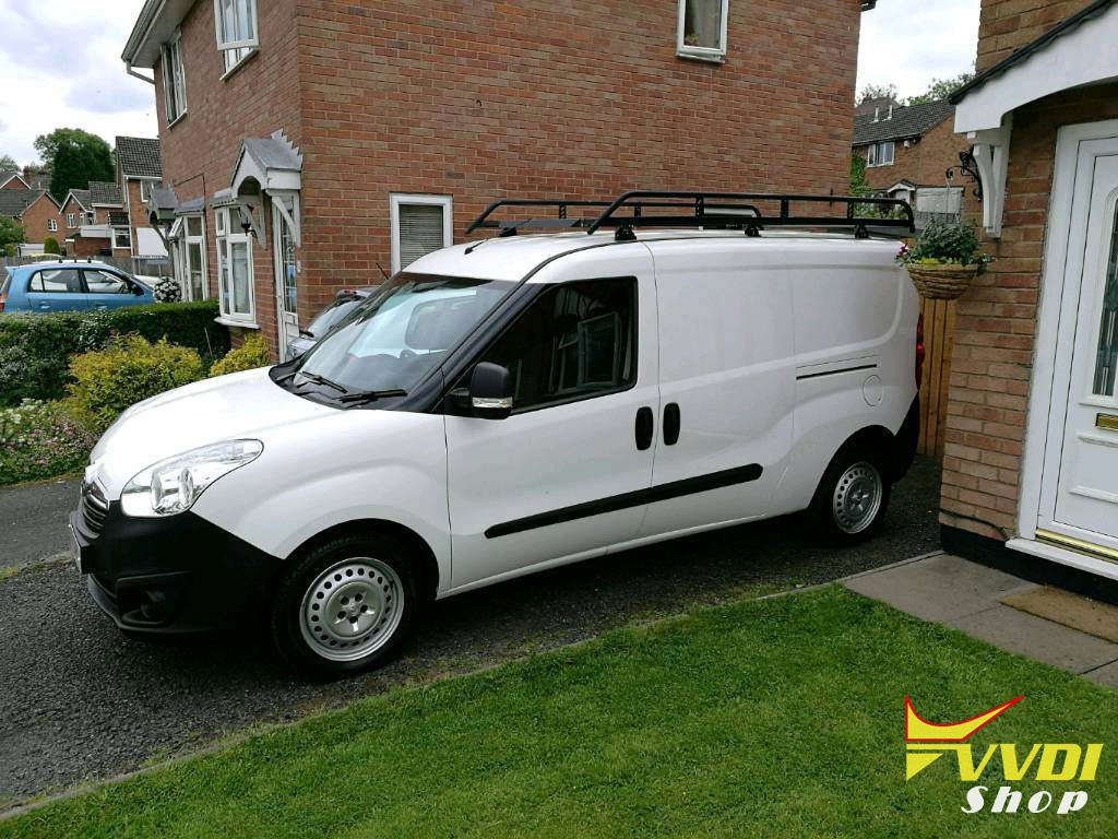 condor-mini-2014-Vauxhall-Combo-van