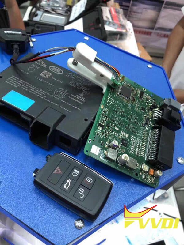 land-rover-kvm-adapter-using-tips-04