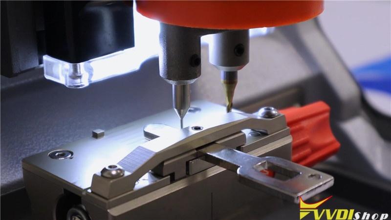 Calibrate Condor Xc Mini Plus Key Cutting Machine (10)