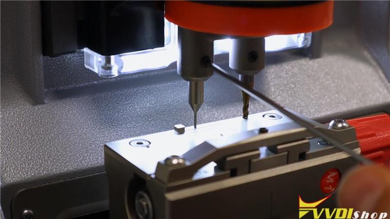 Calibrate Condor Xc Mini Plus Key Cutting Machine (5)