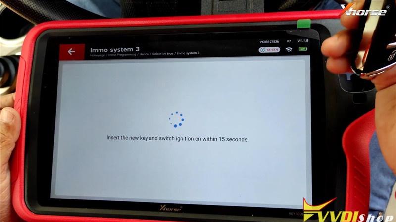 VVDI Key Tool Plus Pad Program Honda Brio ID46 Key Remote (14)