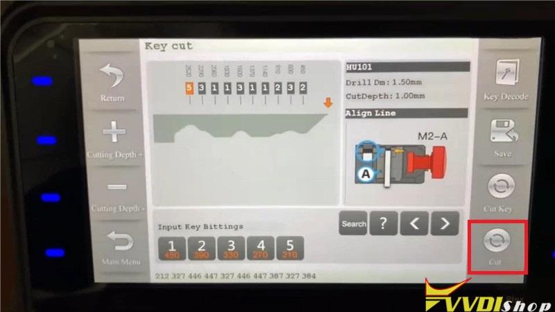 Ford Focus 2011 Key Cutting Via Condor Xc Mini Plus (10)
