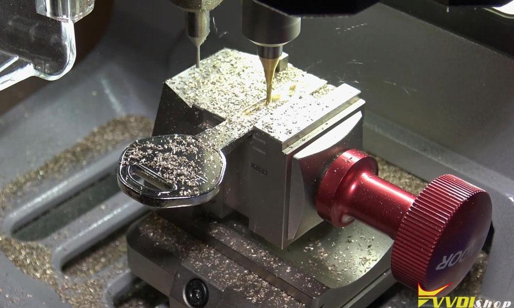 Xhorse Dolphin Xp005 Machine Cut A Hu92 Bmw Key (10)