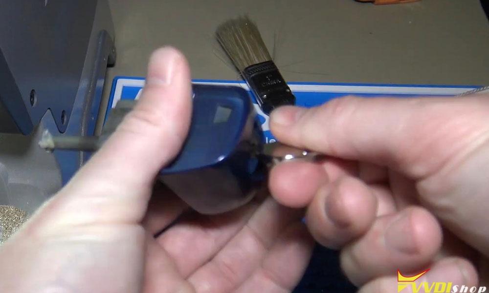 Xhorse Dolphin Xp005 Machine Cut A Hu92 Bmw Key (12)
