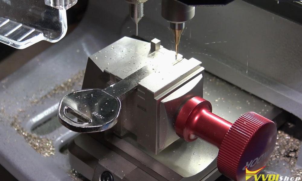Xhorse Dolphin Xp005 Machine Cut A Hu92 Bmw Key (8)