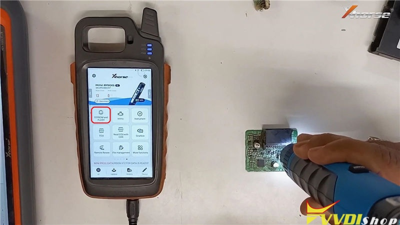 Vvdi Mini Prog Key Tool Max Program Toyota G Chip Id72 Key (3)