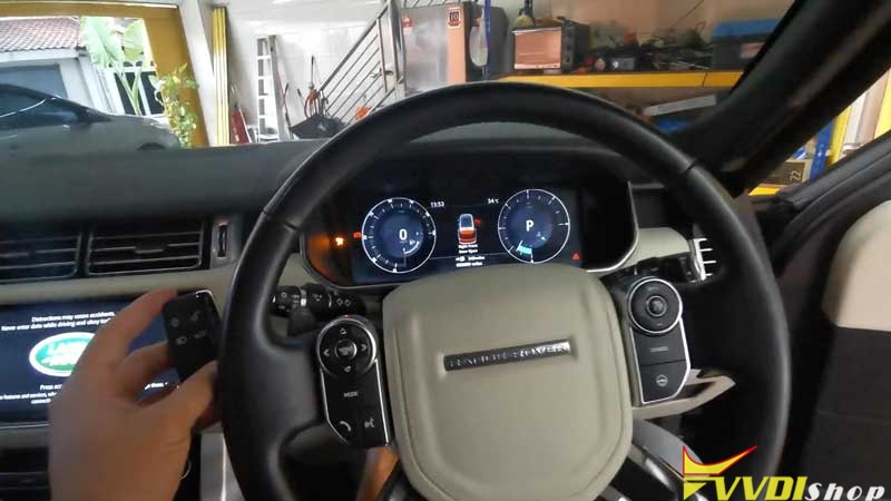 Range Rover 2017 Add A Key By Xhorse Key Tool Plus On Bench (17)