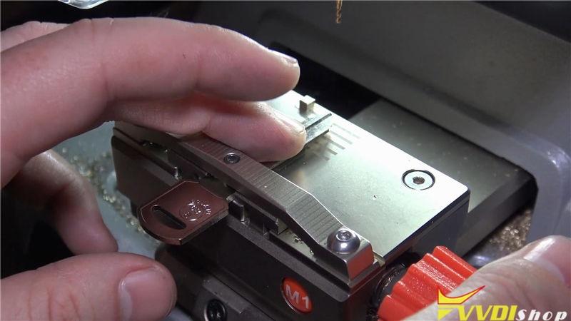 Xhorse Dolphin Xp005 Cut A B89 Key For Chevy Trailblazer (5)
