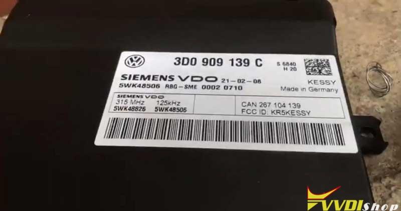 Xhorse Vvdi Key Tool Plus Adds A Key For Porsche Cayenne S (2)