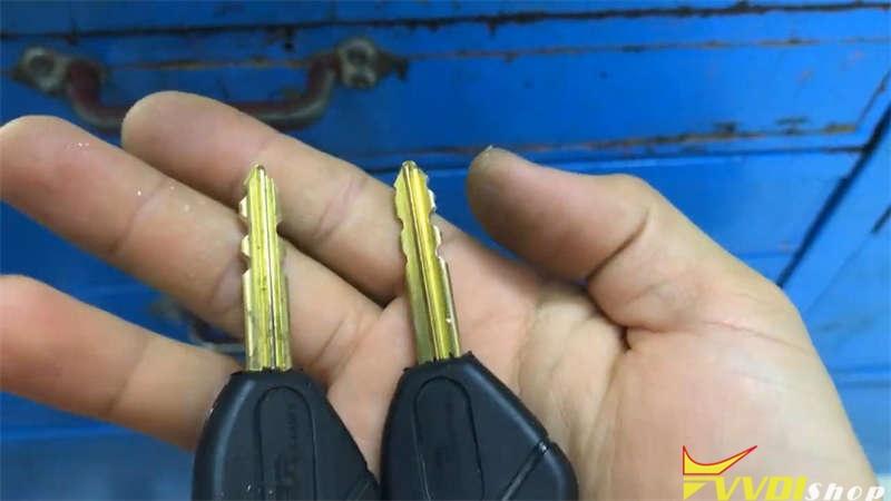 Cut A Citroen Cn22 Key Via Xhorse Dolphin Xp005 (13)