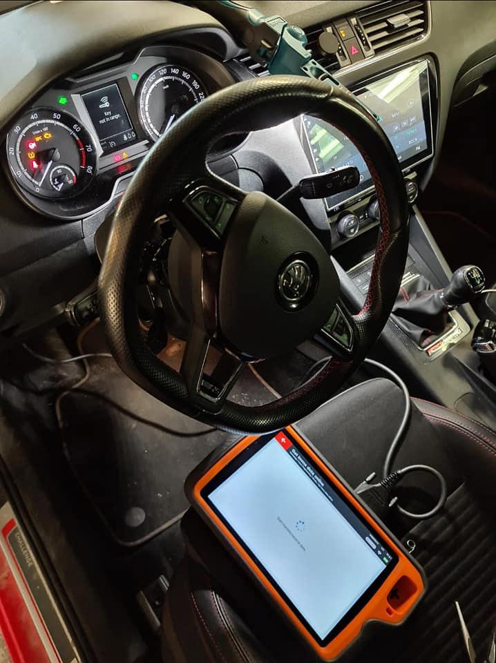 Xhorse Key Tool Plus Skoda Octavia 2015 AKL 2