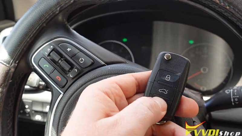 Xhorse Vvdi Key Tool Plus Adds A Key For 2016 Kia Sportage (15)