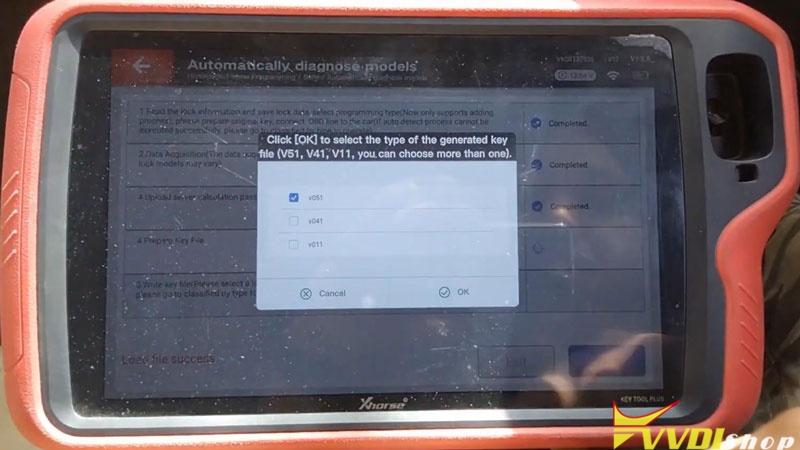 Xhorse Vvdi Key Tool Plus Adds Benz C250 2007 W204 Key By Obd (14)