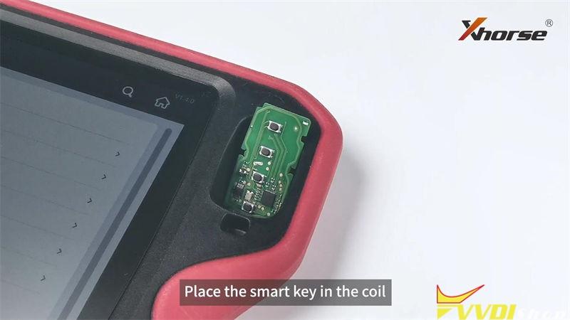 Xhorse Vvdi Key Tool Plus Customize Toyota 4d 8a Smart Key (2)